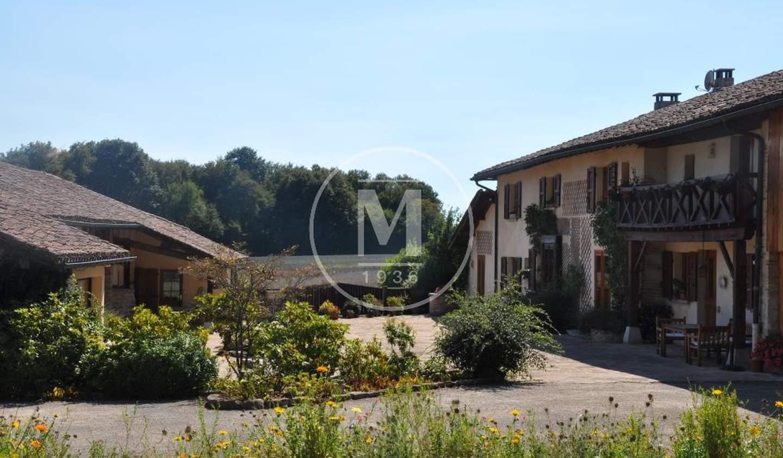 Propriété avec piscine Bourg-en-Bresse