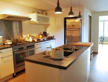 Maison 10 pièces 212 m2