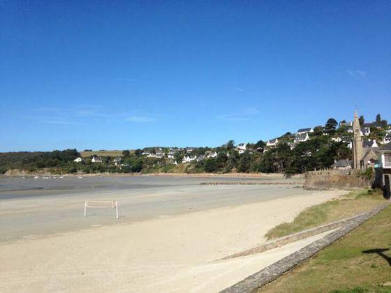 Terrains à bâtir à 500m de la plage