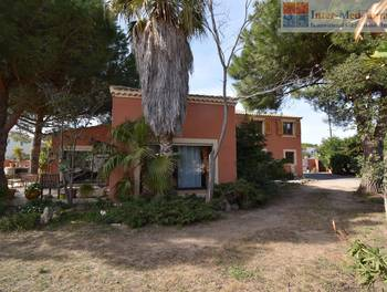 Villa 8 pièces 184 m2