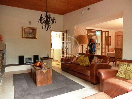 Vente propriété 10 pièces 290 m2