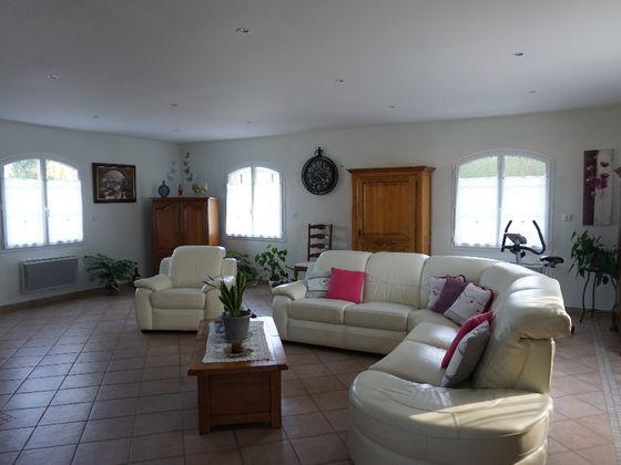 Vente maison 6 pièces 242,85 m2
