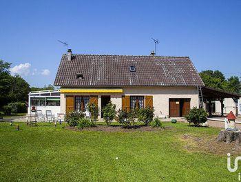 maison à Mézilles (89)