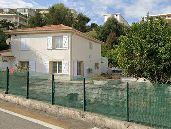 maison à Saint-Laurent-du-Var (06)