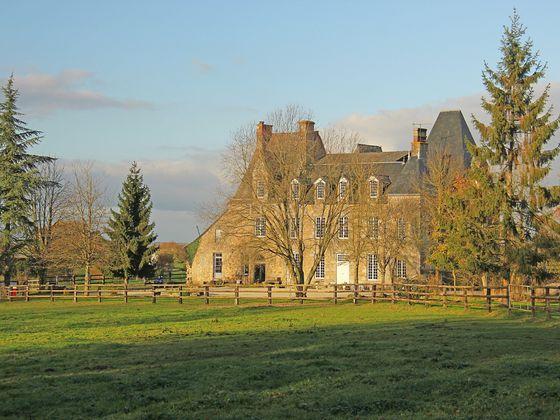 vente Château 15 pièces 550 m2 Laval