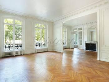 Appartement 8 pièces 269,1 m2