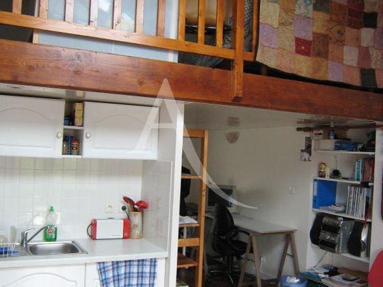Location studio 33,23 m2