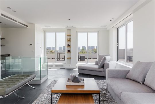 Appartement contemporain avec terrasse