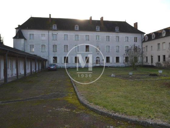 Vente maison 55 pièces 1750 m2