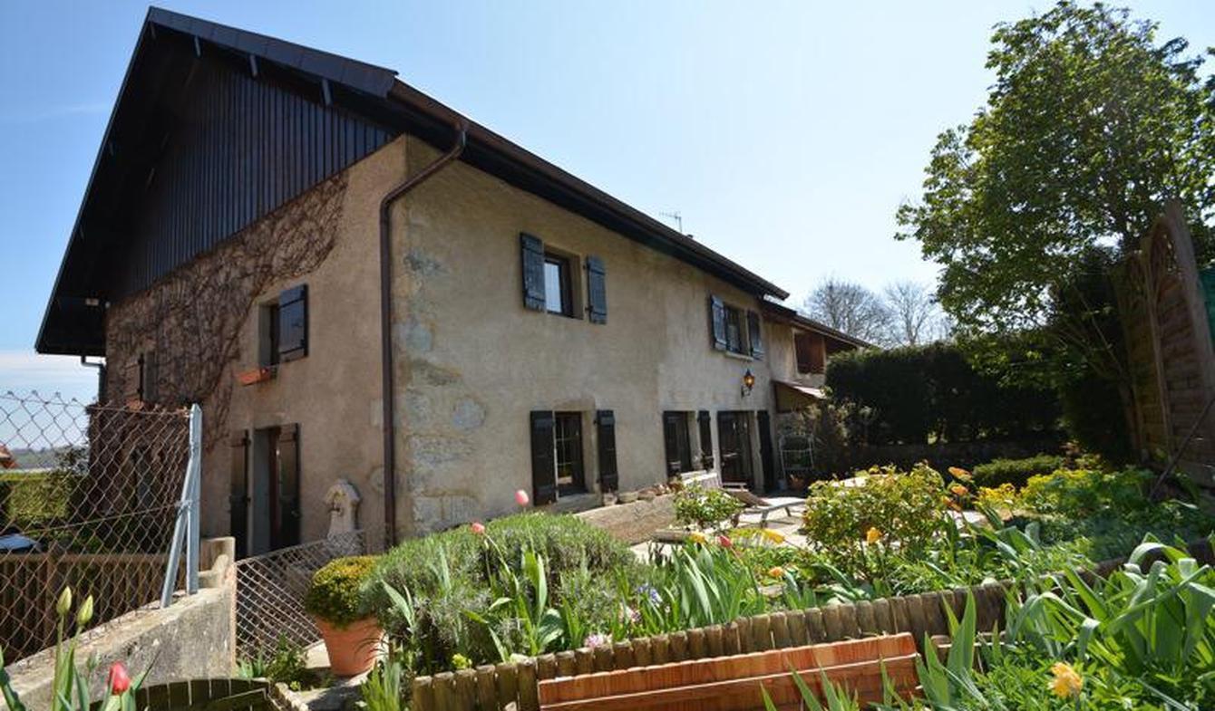 Maison avec terrasse Arbusigny