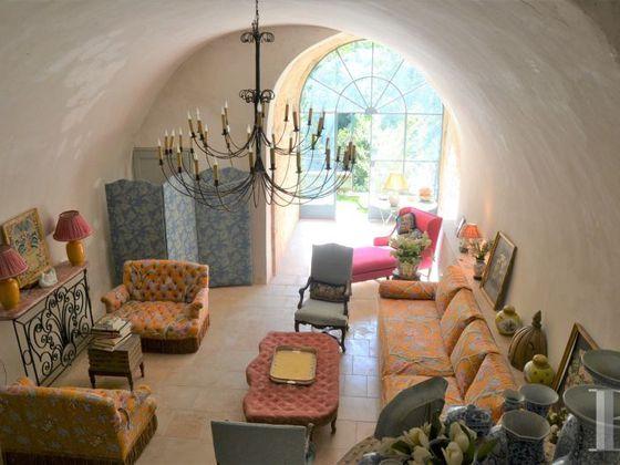 Vente maison 20 pièces 522 m2