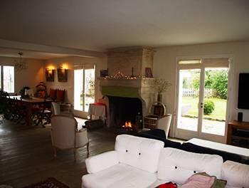 Maison meublée 8 pièces 180 m2