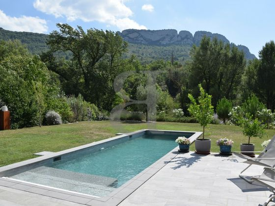Vente villa 4 pièces 155 m2