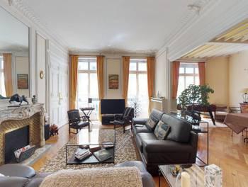 Appartement 6 pièces 244 m2