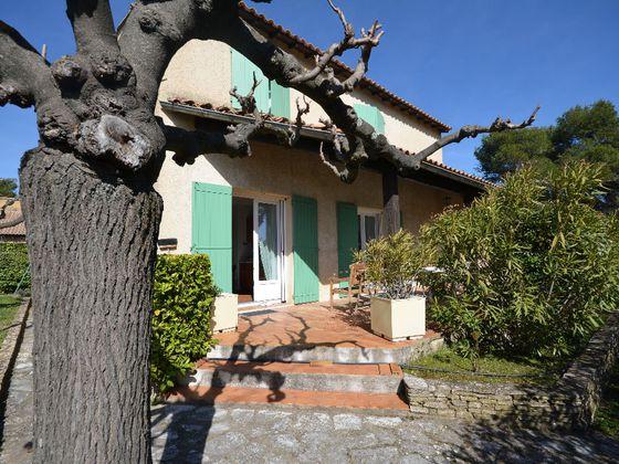 Vente maison 6 pièces 157,6 m2