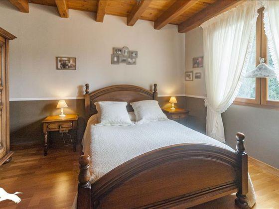 Vente maison 8 pièces 219 m2