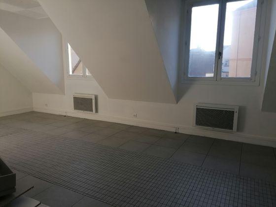 Location studio 31,74 m2