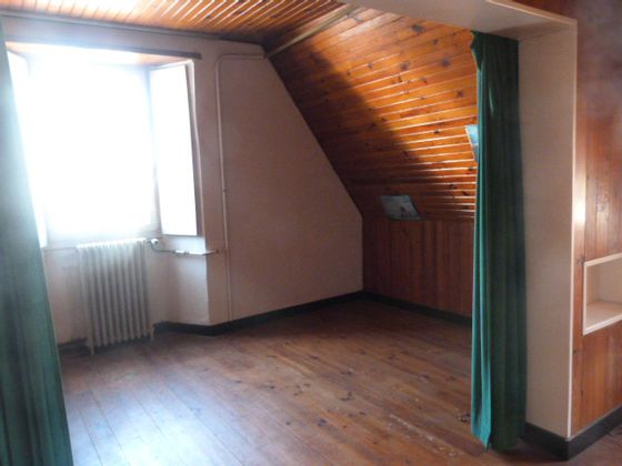 Vente maison 6 pièces 216 m2
