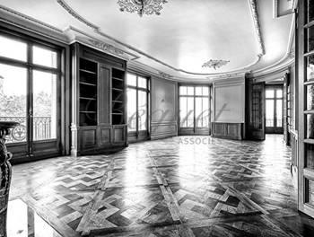 Appartement 7 pièces 317 m2