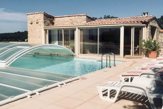 Propriété avec piscine