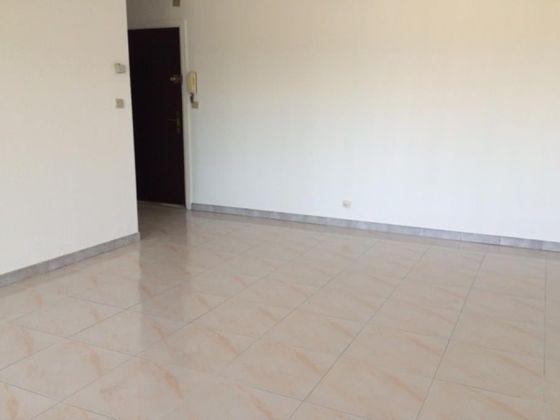 Location studio 30,79 m2