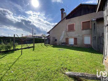 ferme à Etival-Clairefontaine (88)