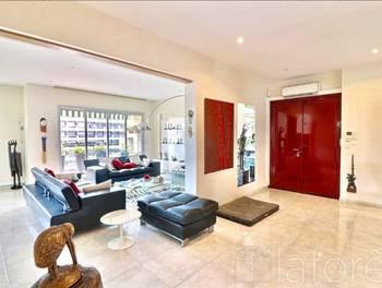 Appartement 4 pièces 148 m2