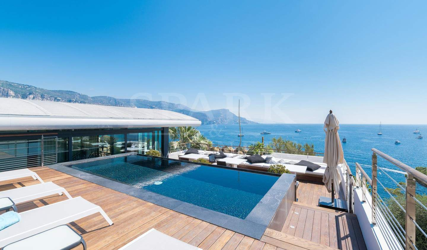 Villa with pool and garden Saint-Jean-Cap-Ferrat