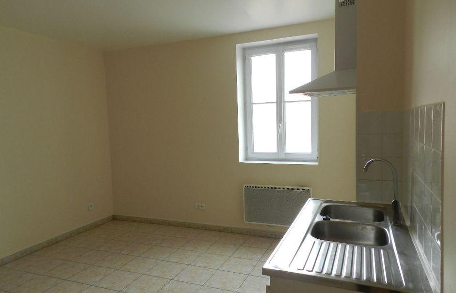 Location meublée appartement 3 pièces 44 m² à Combs-la-Ville (77380), 750 €