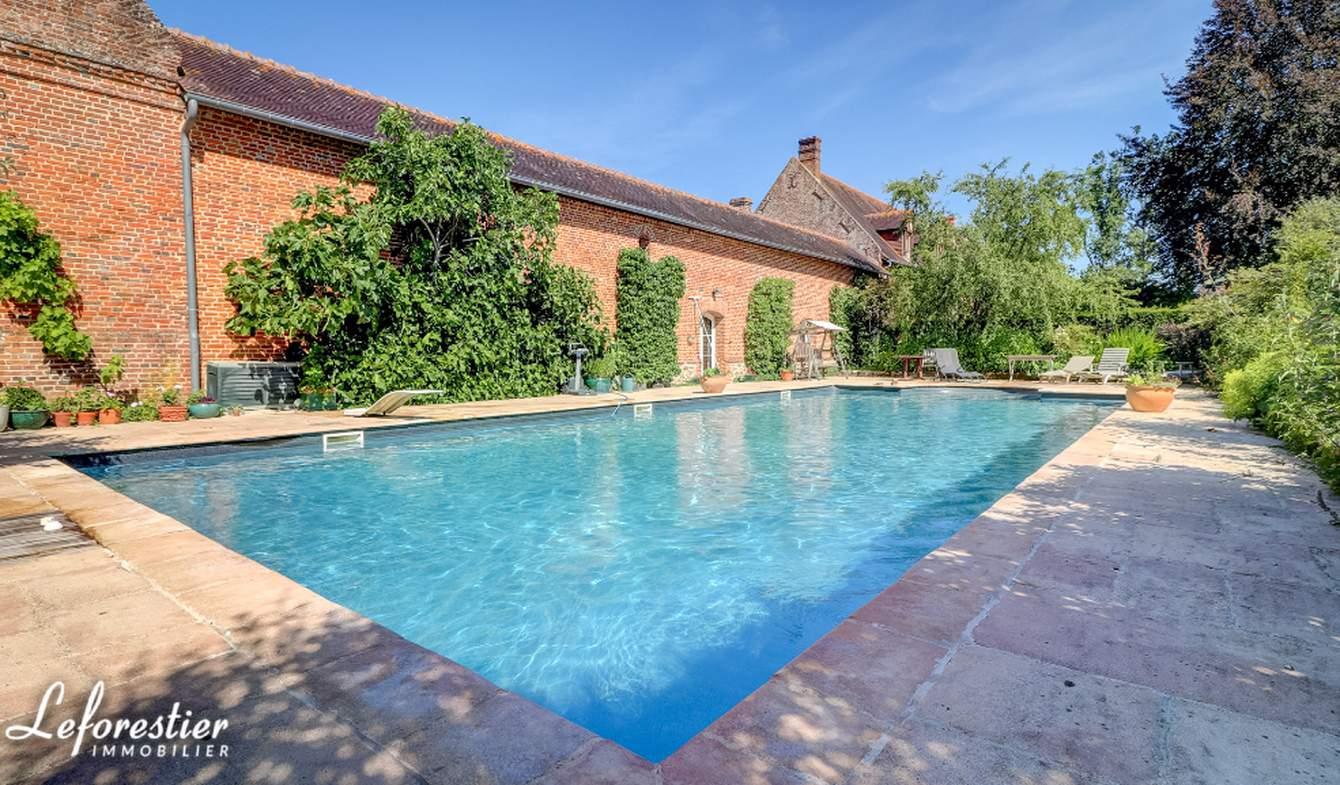 Propriété avec piscine Neufchâtel-en-Bray