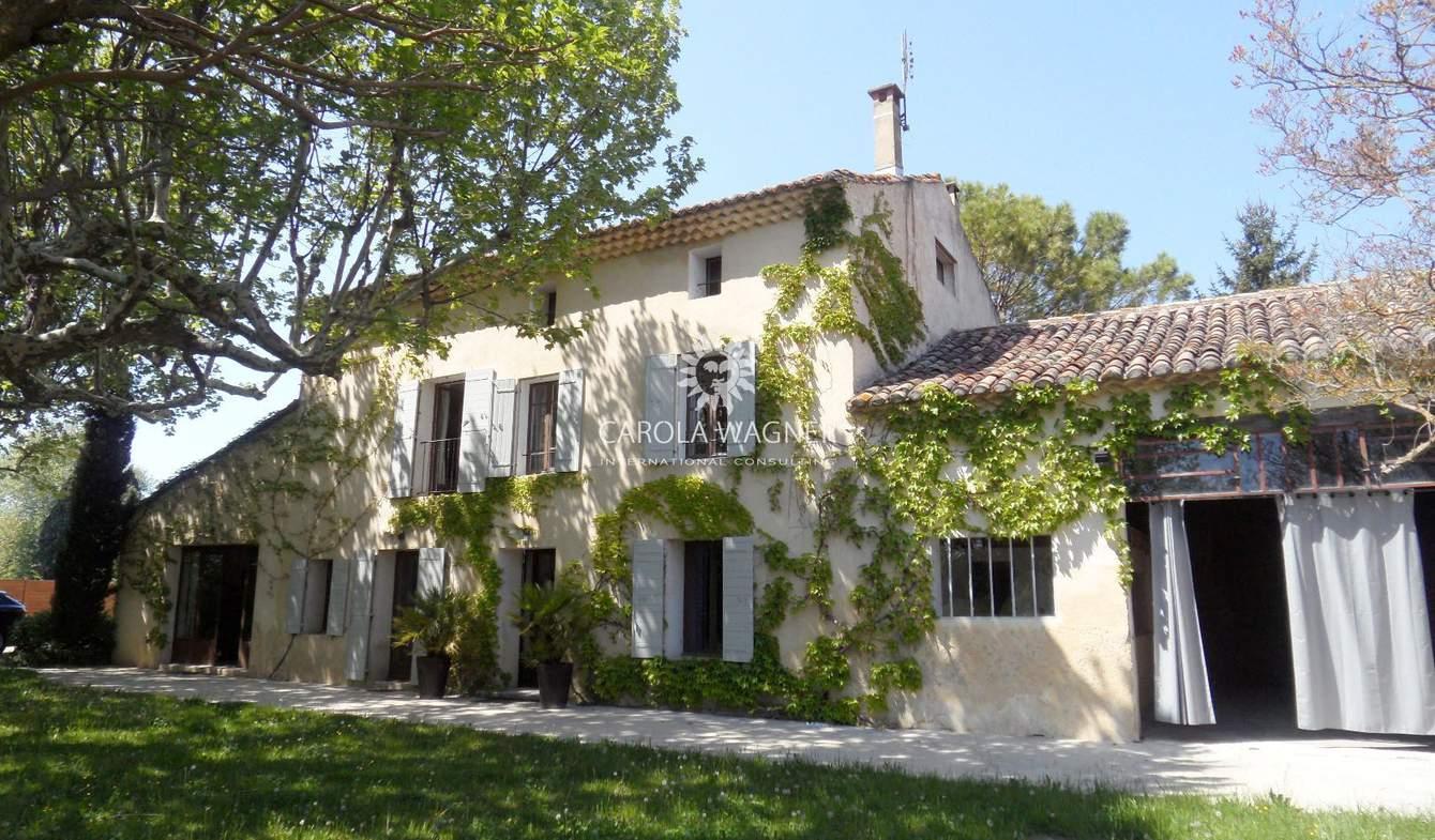 Villa avec piscine Monteux