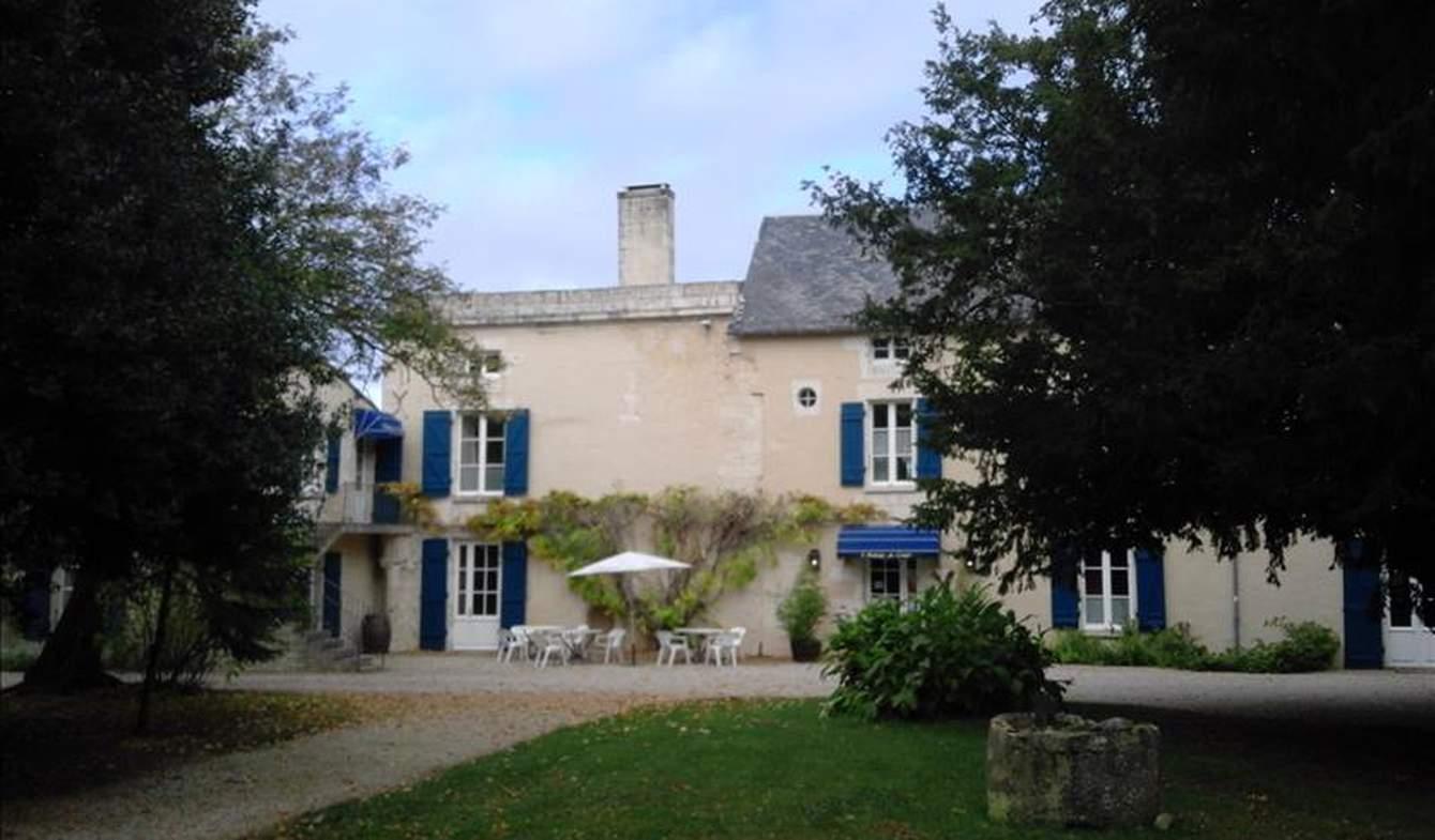 Maison Saint-Symphorien