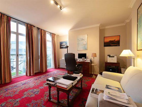 Vente appartement 5 pièces 480 m2