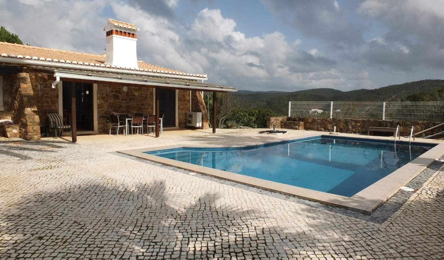 House with pool and terrace Aljezur