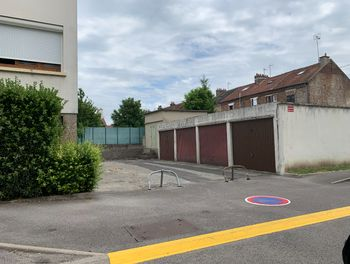 parking à Margny-lès-Compiègne (60)