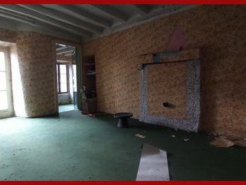 maison à Brûlon (72)