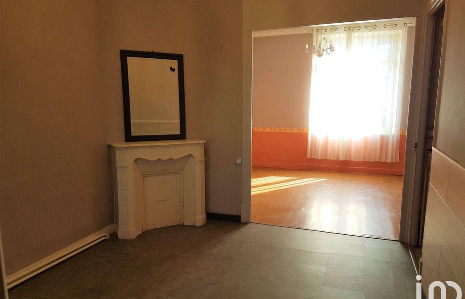 Vente maison 5 pièces 115 m² à Saint-Quentin (02100), 89 900 €