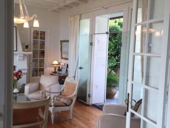 Vente propriété 10 pièces 207 m2