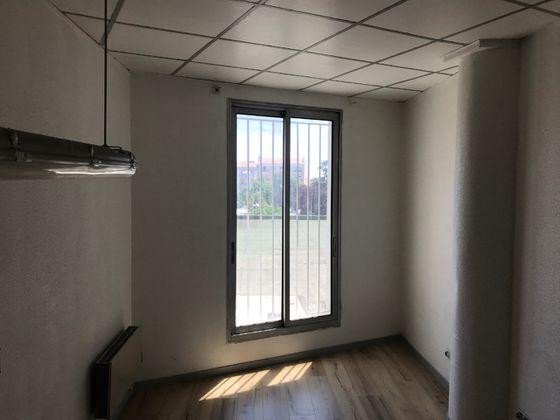 Location divers 5 pièces 65 m2