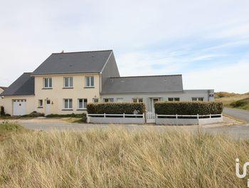 maison à Surtainville (50)