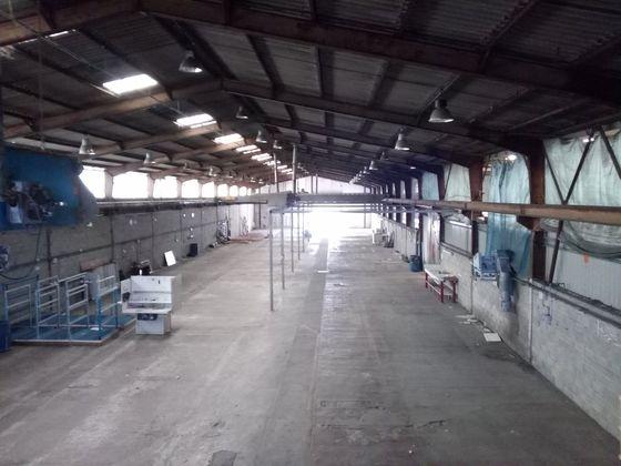 Location divers 2500 m2