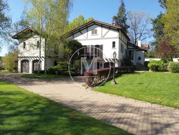 Villa 9 pièces 310 m2