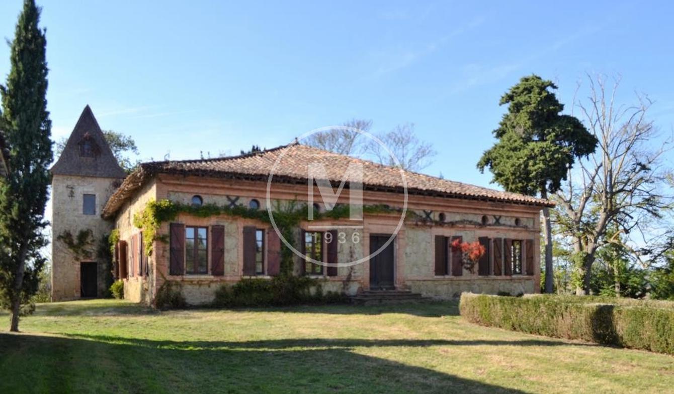 House with pool Samatan