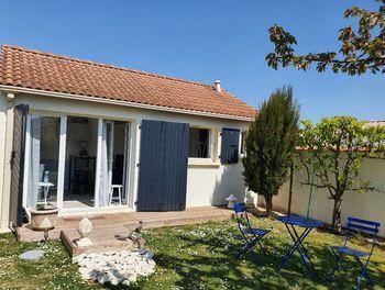 maison à Esnandes (17)