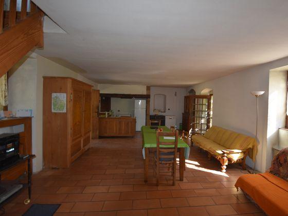 Vente maison 10 pièces 198 m2