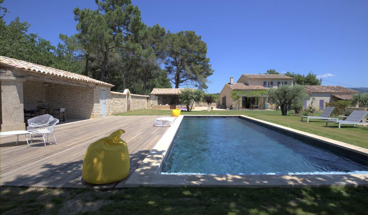 Property with pool Roussillon