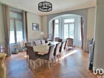 Propriété 13 pièces 560 m2