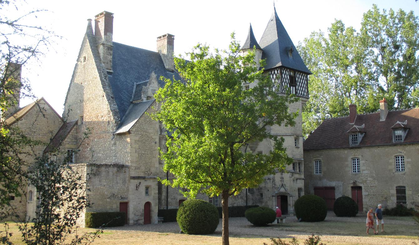 House Nevers