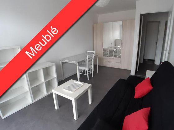 Location studio meublé 29,76 m2