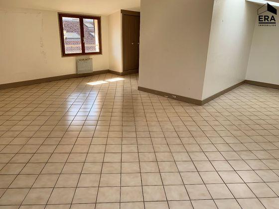 Vente divers 10 pièces 312 m2